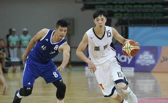19岁小将闪耀季前赛,今年CBA新人王又归广东