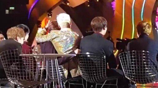 「EXO」不不住时看吴世勋的搞笑动图,管开心着了帅表情包不睡太