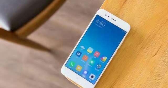 iphone7成苹果最高性价比手机,小米双雄硬怂iphone5s越狱后改中国移动图片