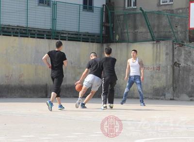 打篮球的好处 你想不到的好处