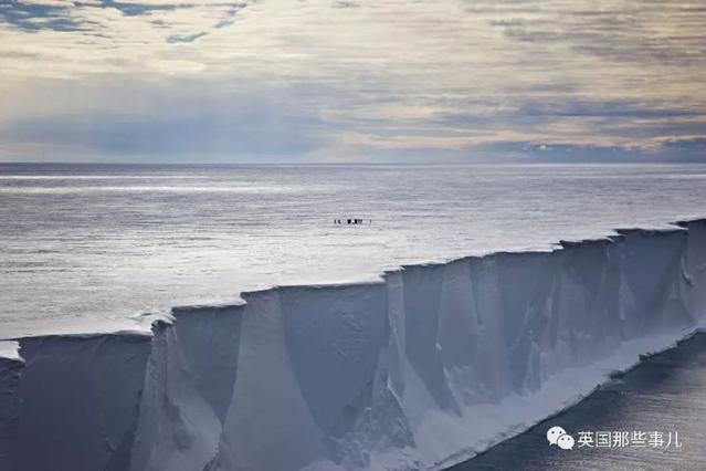奇闻异事 撑了18年,这座当年最大的冰山,终于敌不过岁月…