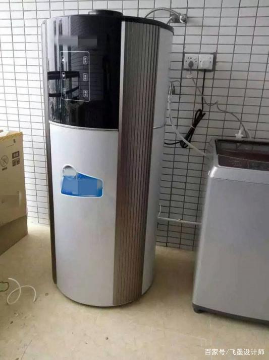 冬天怕温度太低,想把空气能热水器主机装卫生间里!师傅却不同意