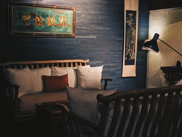 平遥古城里这家设计师四合院酒店,都忍不住穿上旗袍拍起古风照片