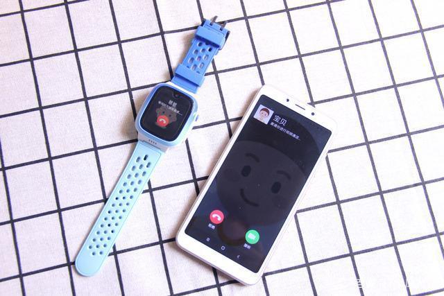 小天才电话手表Q2深评:立体定位名不虚传,千元内难逢对手