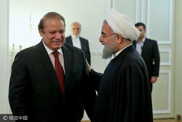 巴基斯坦和伊朗走到了分手的十字路口,中国能
