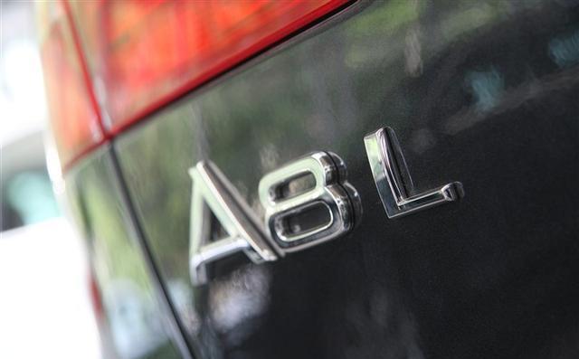 桂平人知道汽车尾部的英文数字各代表什么意思吗?