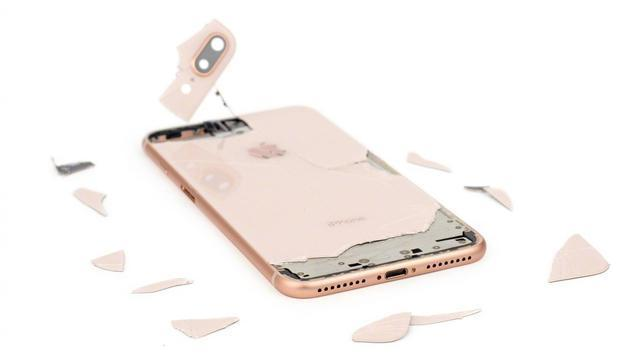 iPhone8用户千万别碎屏,换屏价格是一台小米M