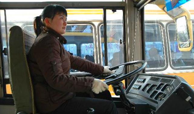 最牛逼的女公交车司机,身价过亿