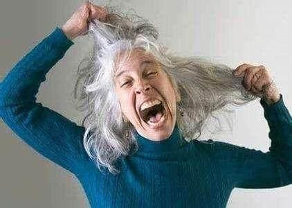 不要再用染发剂了,教你一个民间土方,白发变黑发不再是难事 - 上帝的女儿!悦如 - 上帝的女儿!悦如
