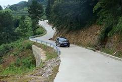 标题:梁平300公里农村公路安防工程预计本月底完工!