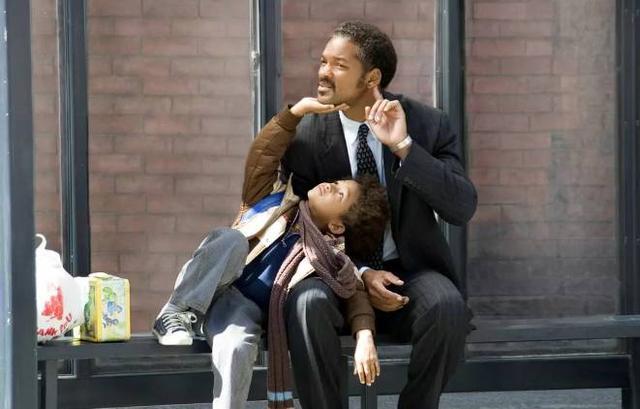 「当爸爸来敲门电影免费看」当爸爸来敲门