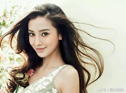 """娱乐圈中""""越活越年轻""""的4位明星:杨颖上榜,你最喜欢谁?"""