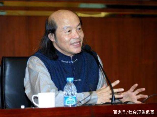 「天蛾人在中国吃人视频」猫头鹰人